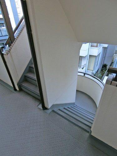 メルヘンヒルズの階段