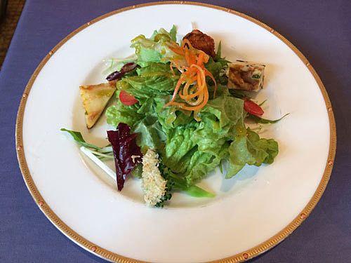 Aランチ(900円)のサラダ