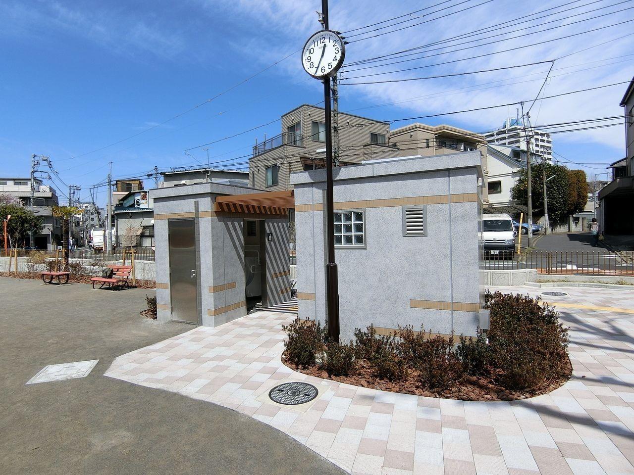 大谷口児童遊園のトイレ