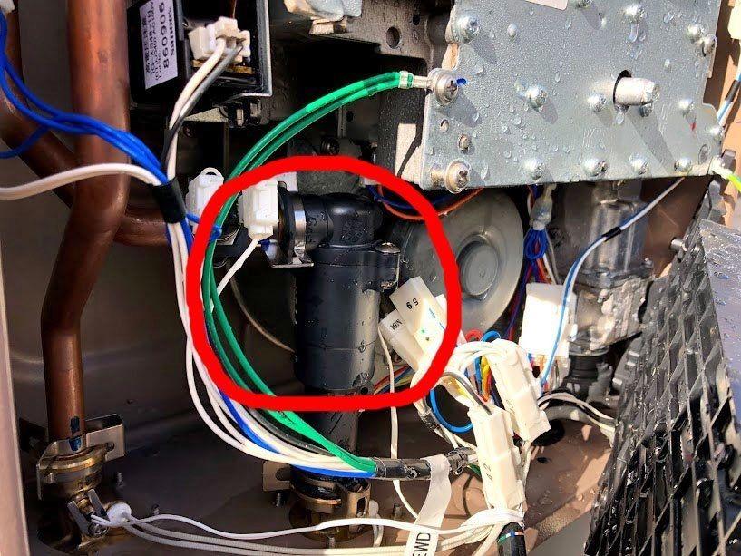 給湯器の凍結による漏水