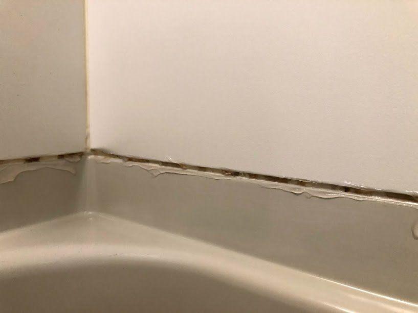 浴槽のコーキングのカビ