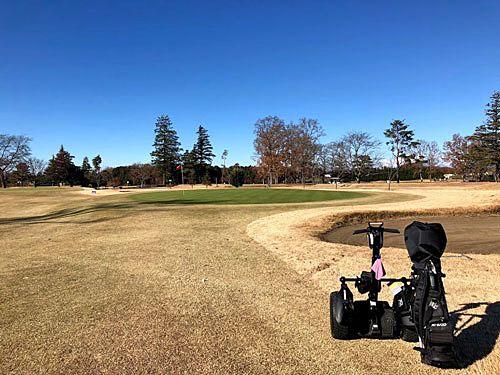 セグウェイでゴルフ