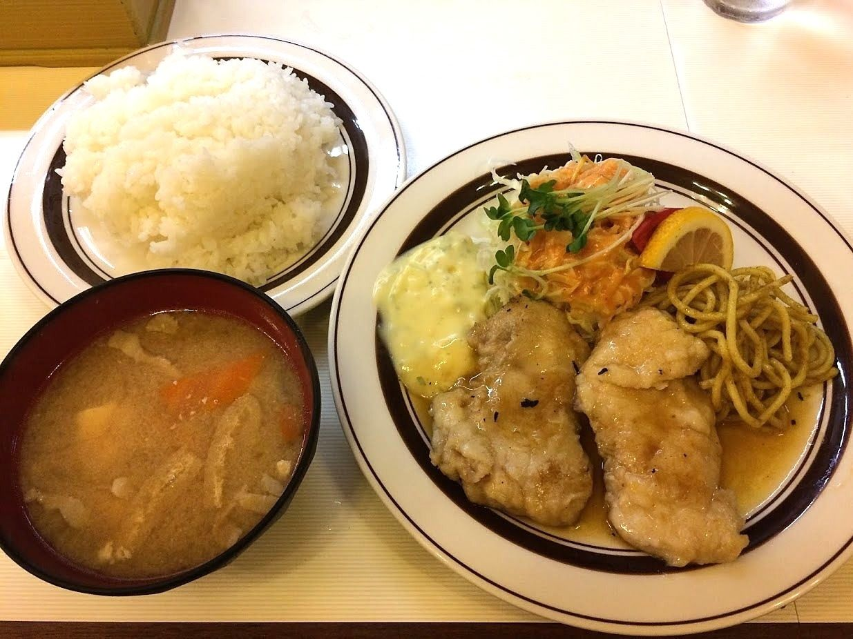 洋庖丁(ようぼうちょう)大山店の白身魚のバター焼