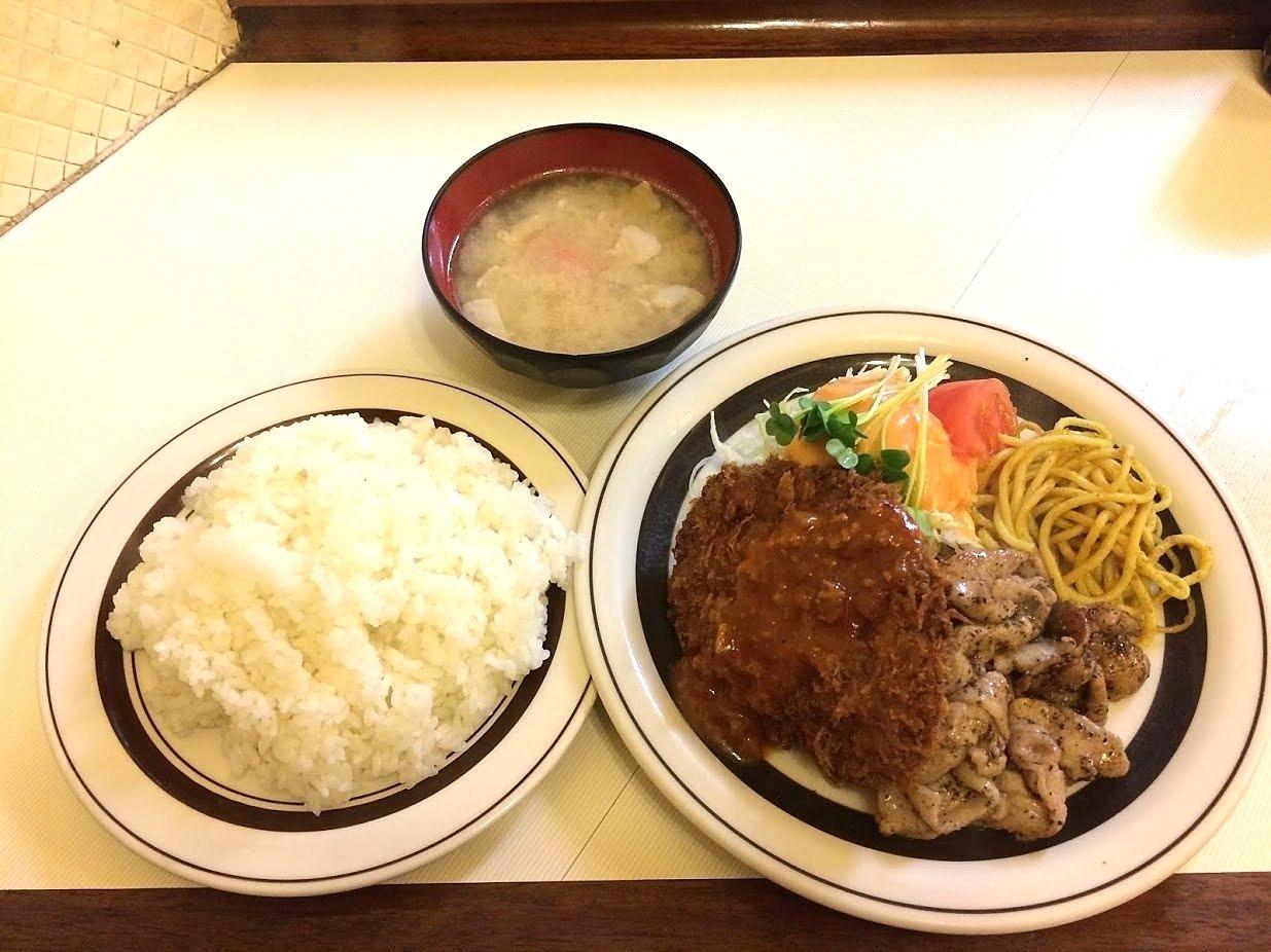 洋庖丁(ようぼうちょう)大山店の皿盛りメンチ