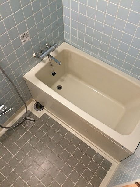 浴槽エプロンが緩む