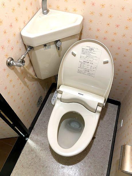 温水洗浄便座の交換