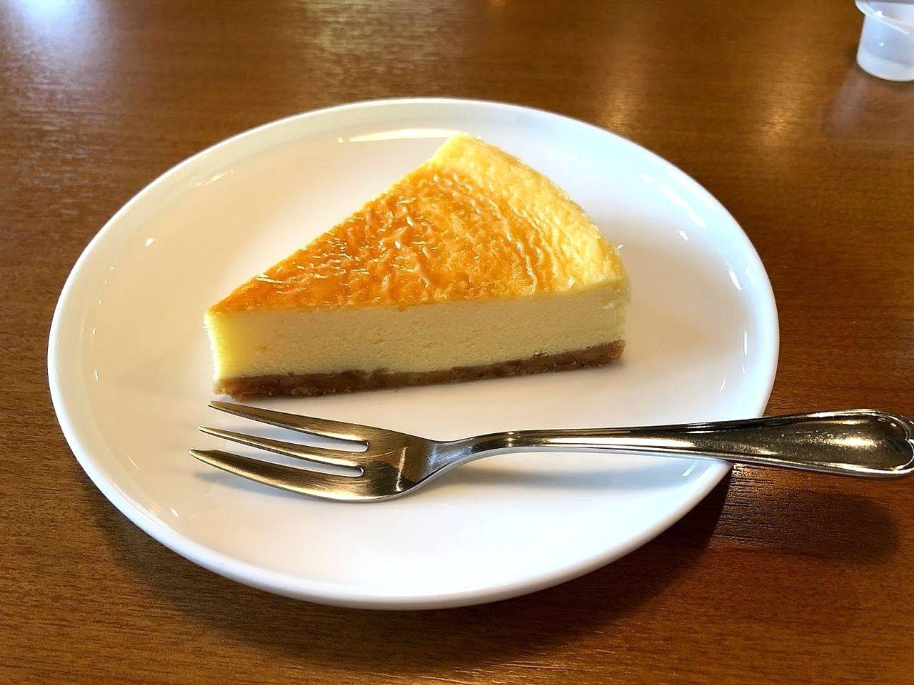 ノタリの自家製ベイクドチーズケーキ
