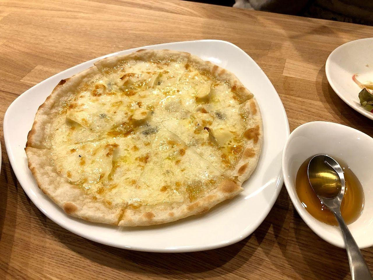 4種のチーズピザ 1,000円