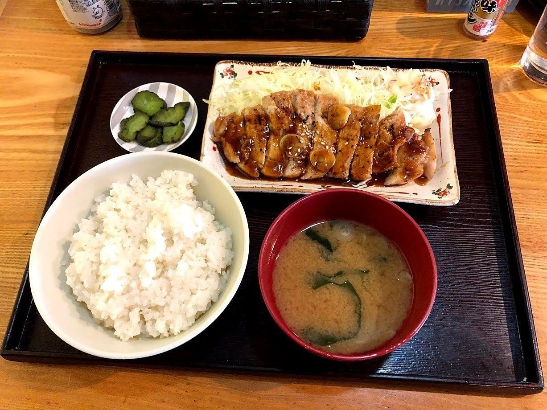 トンテキ定食 800円(税別)