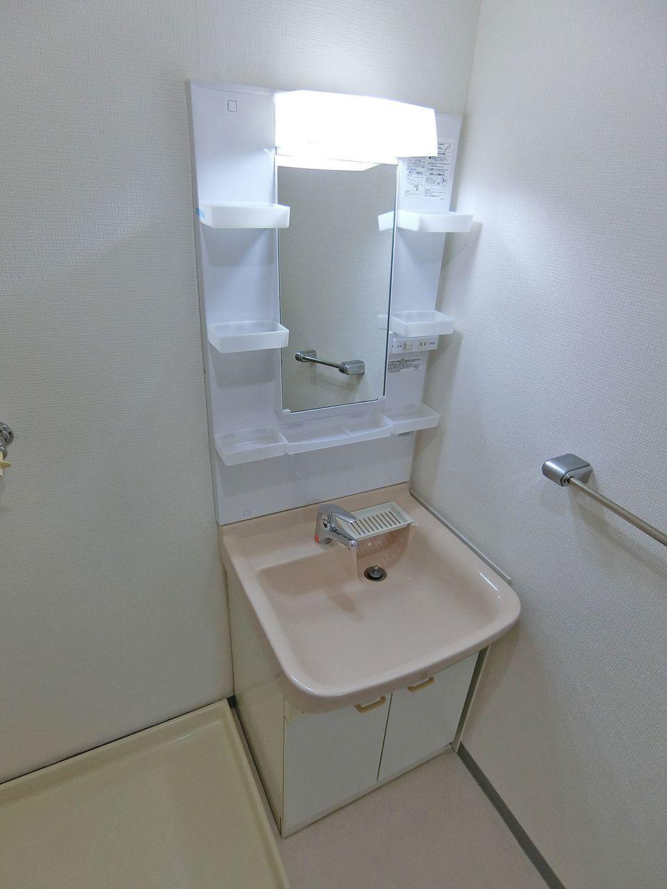 リフォーム後の洗面化粧台