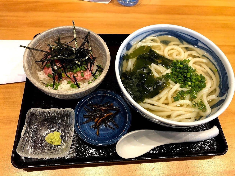 ねぎとろ小丼定食 780円