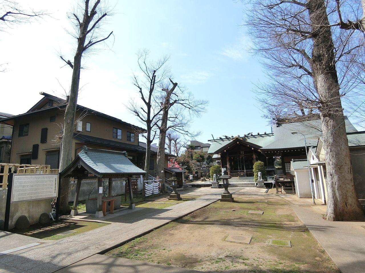 西台天祖神社の境内