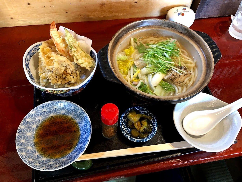 鍋焼きうどんと天ぷら定食 1,000円