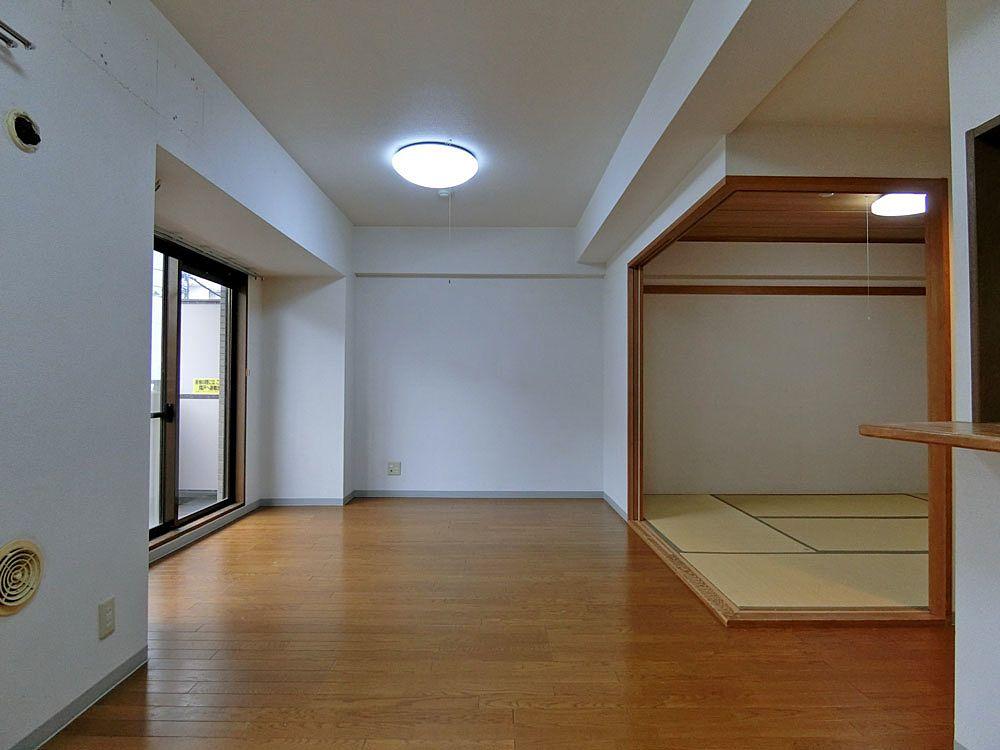 既存の和室とリビング