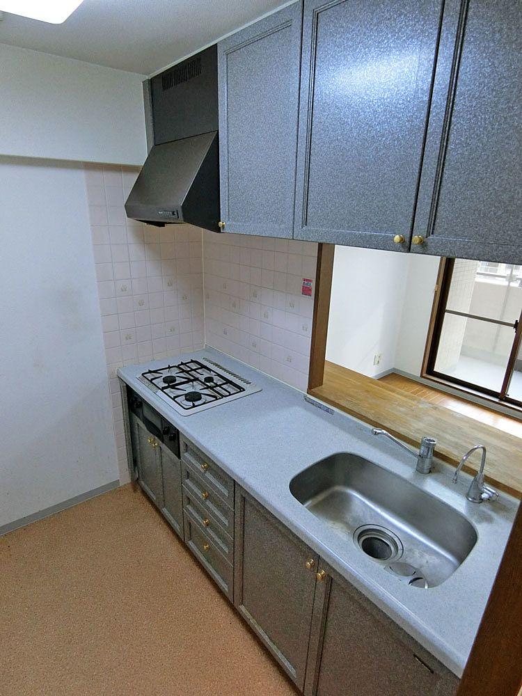 既存の対面式キッチン