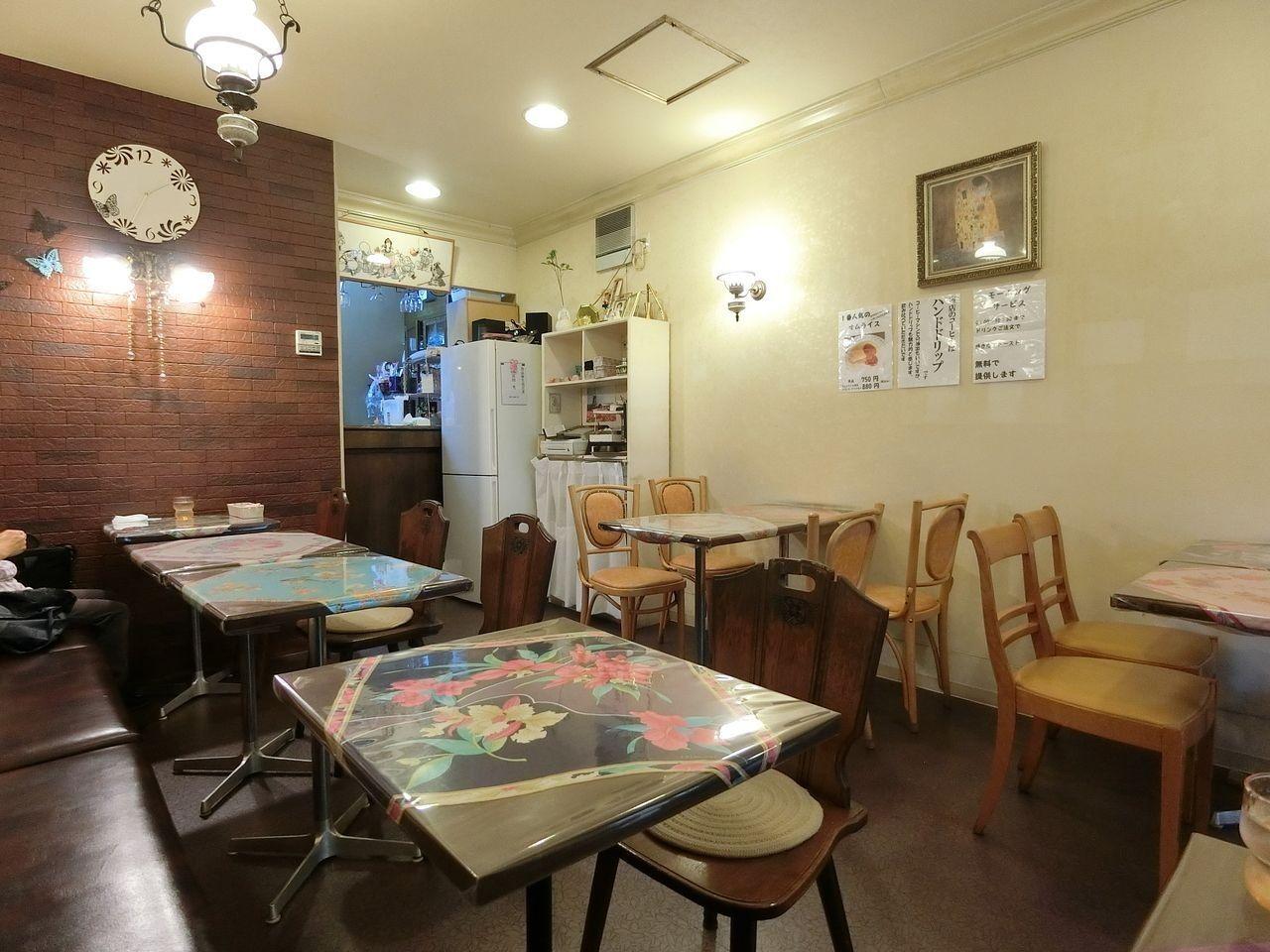 板橋本町の喫茶エレファント