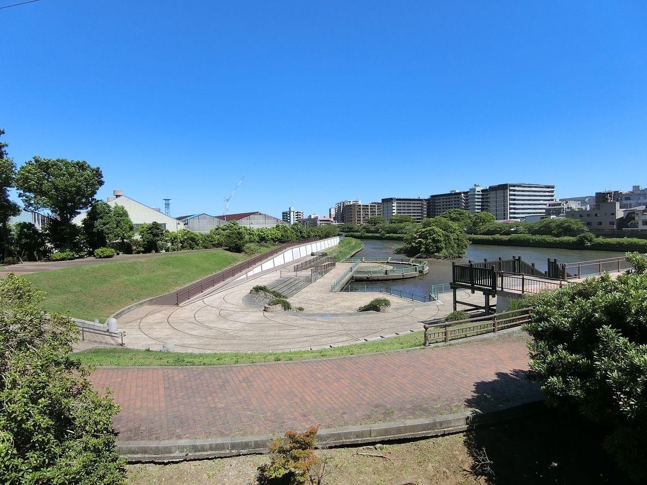舟渡水辺公園(ふなどみずべこうえん)