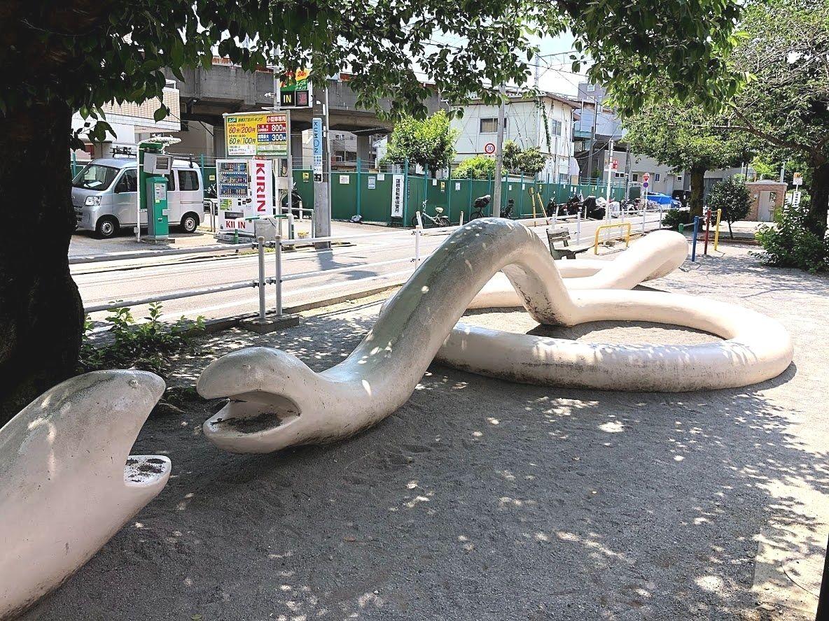 板橋区蓮根の蓮根川緑道(へび公園)