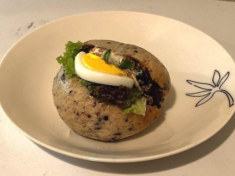 煮豚サンドベーグル 380円