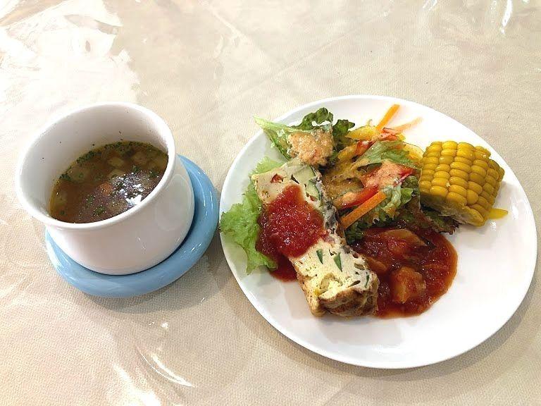 木曜館の前菜とスープ