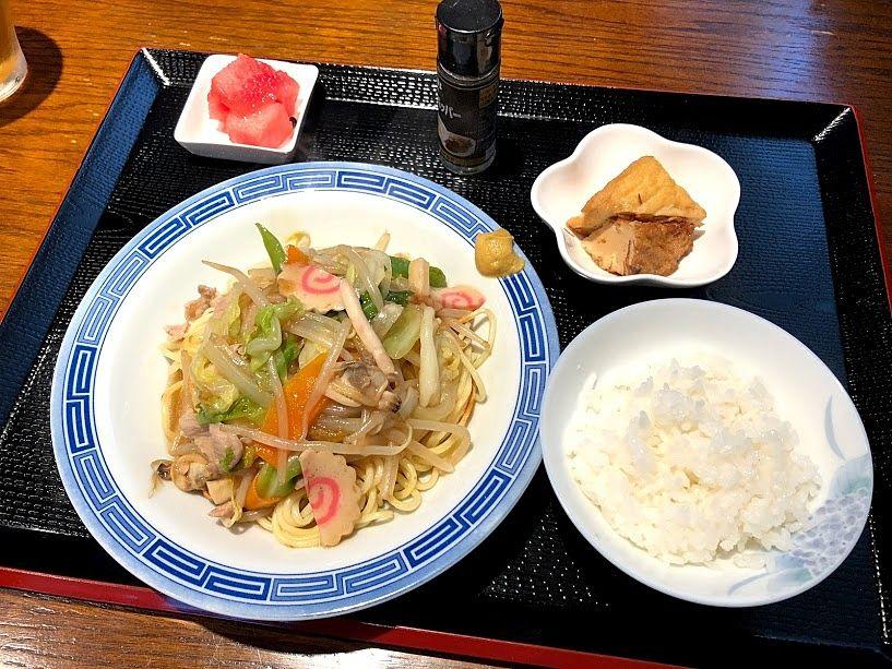 長崎皿うどん(800円)