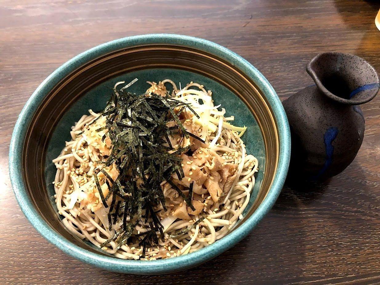 ぶっかけ肉蕎麦(750円)