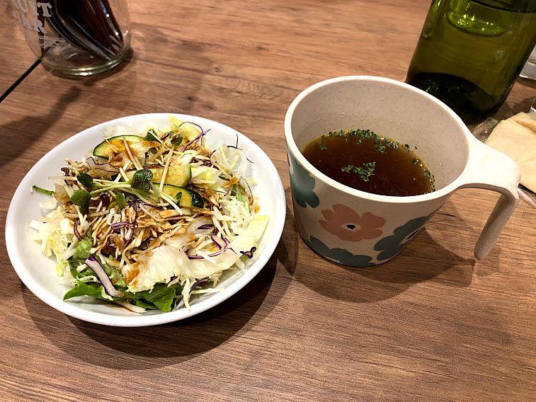 ランチのサラダ・スープ