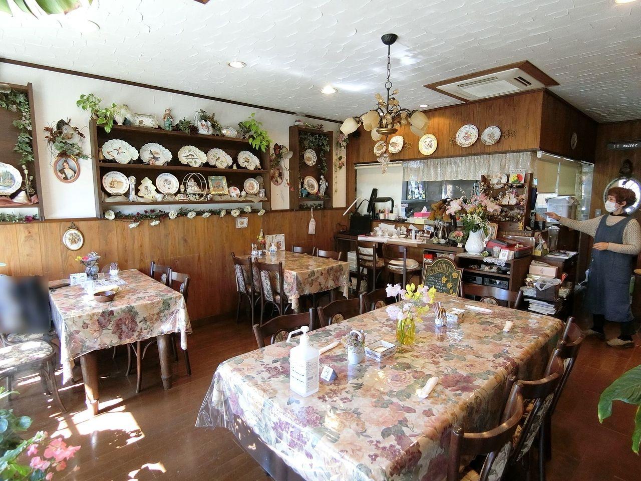 板橋区大山西町の喫茶店「ティーハウス ベリーベリー」