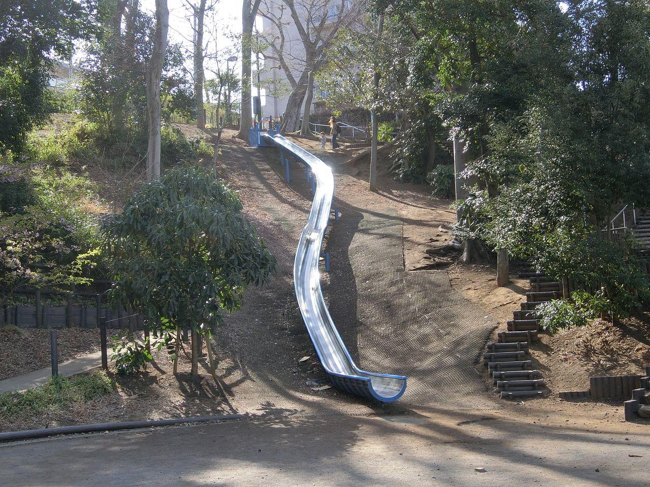 ロングスライダー(西台公園)