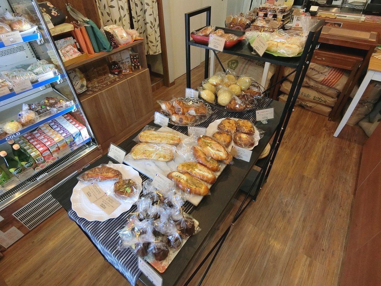 板橋区東新町のパン屋「ブーランジェリー・ラヴィブリヤント」