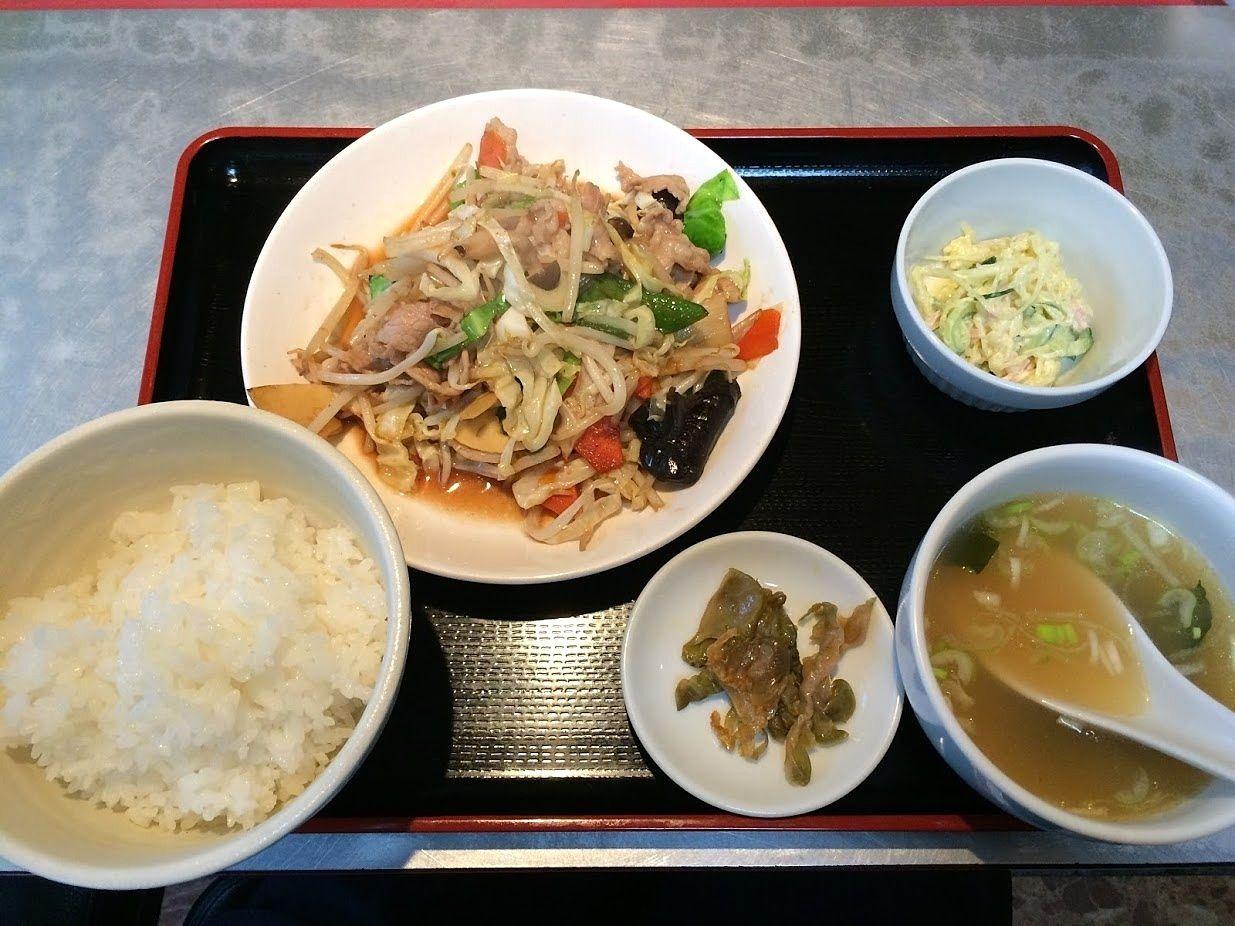 肉野菜炒めセット 720円