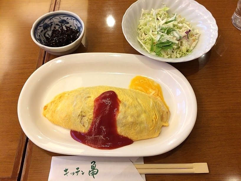 オムライス 720円