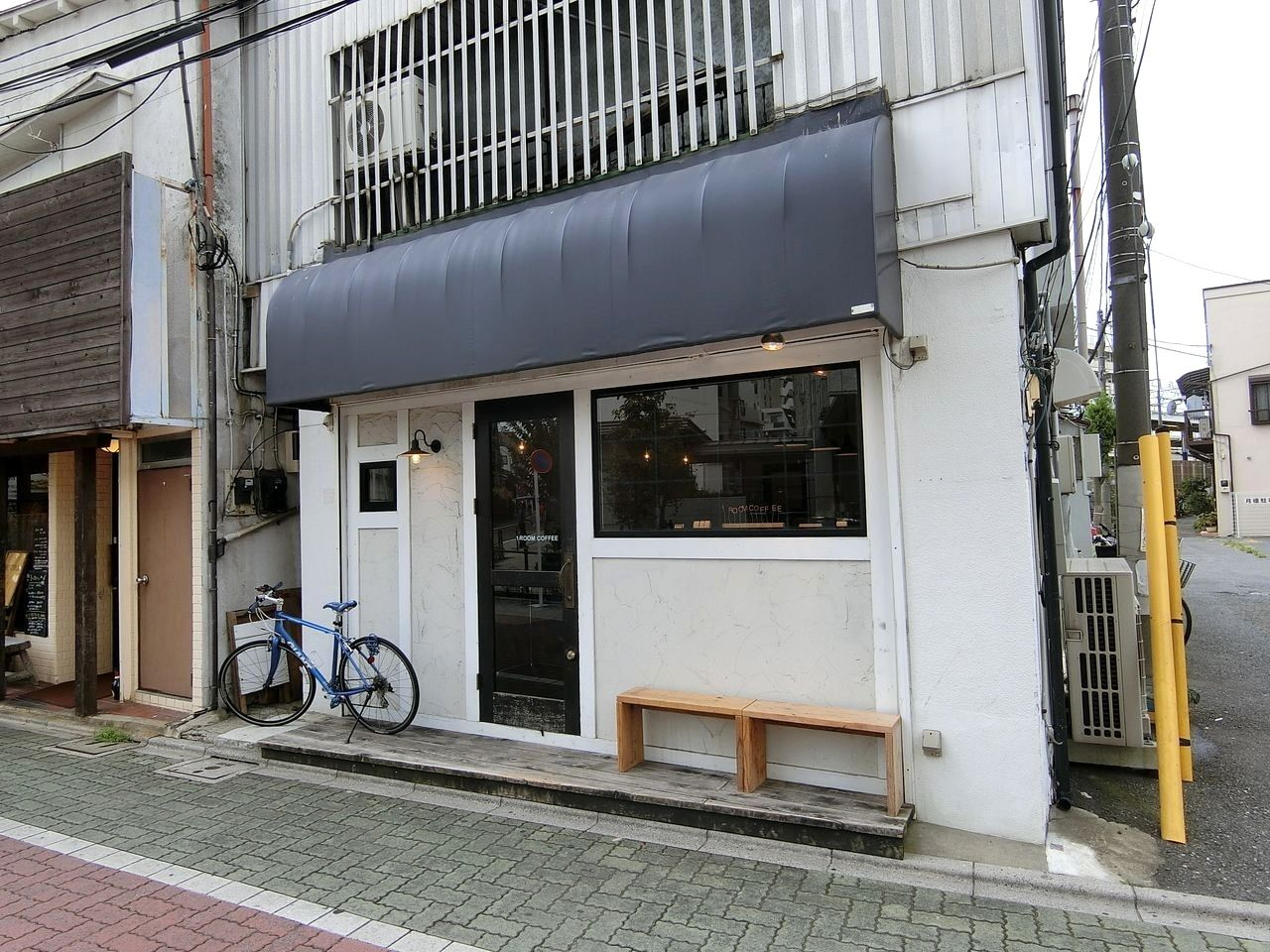 中板橋のカフェ「1 ROOM COFFEE(ワンルームコーヒー)」
