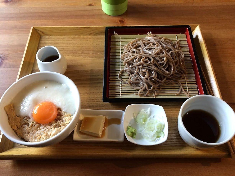 納豆とろろ丼&蕎麦定食 850円