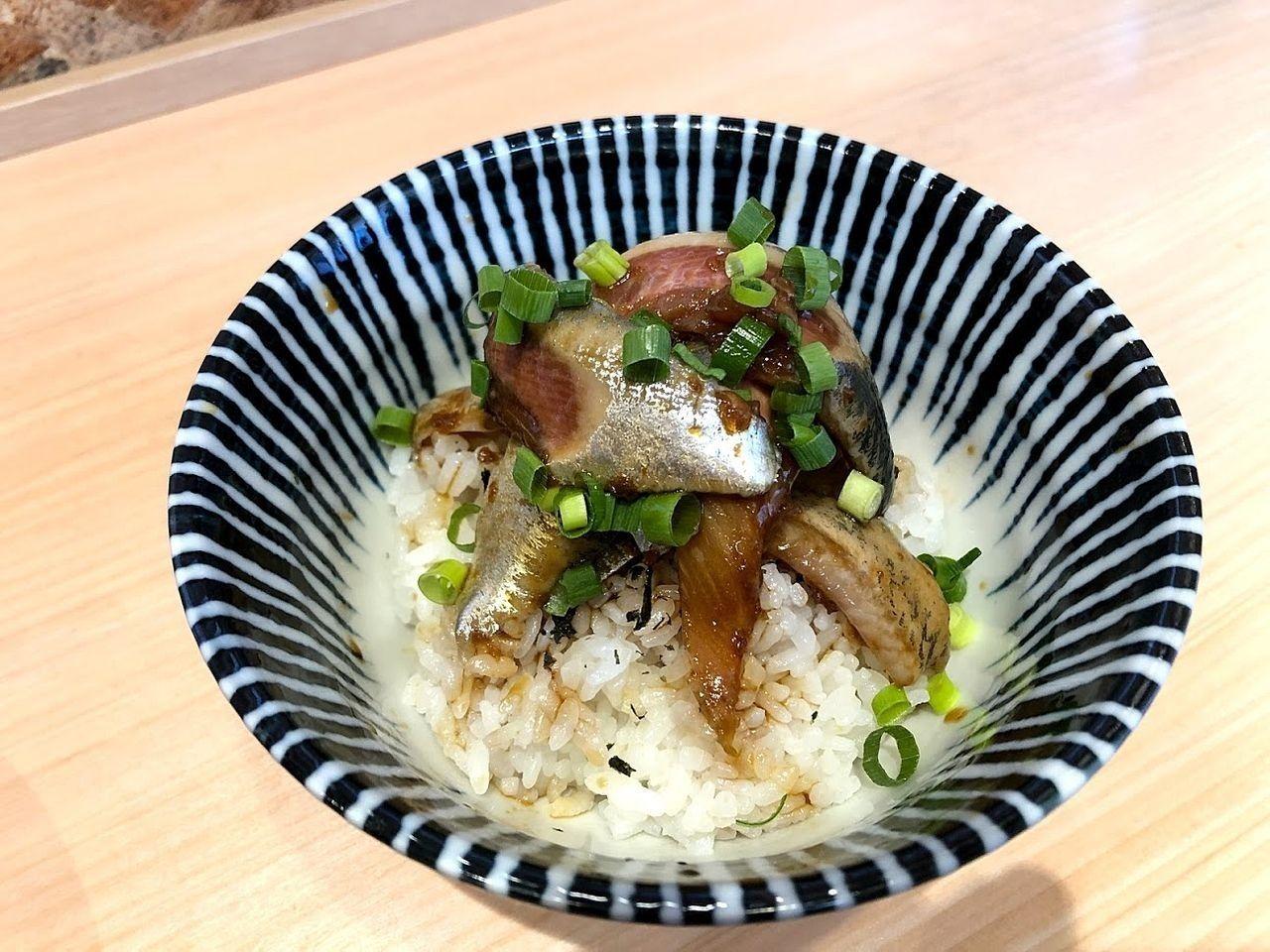 寿製麺よしかわ西台駅前店のいわし丼 400円